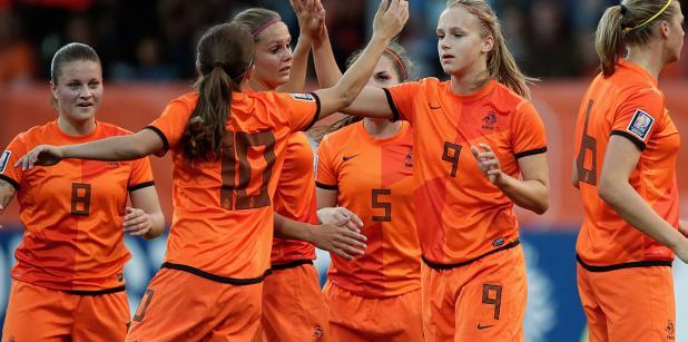 13/09 Oranjevrouwen stap dichter bij WK