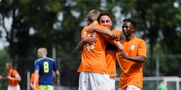 01/09 September is dé Oranje voetbalmaand